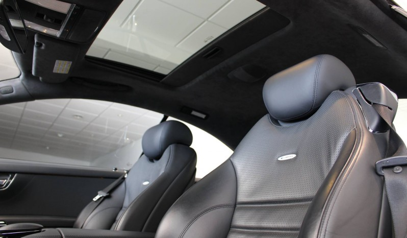 Mercedes-Benz CL63 AMG full