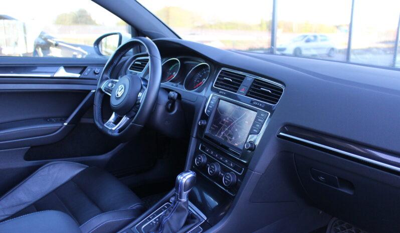 VW Golf GTE full