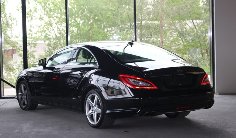 Mercedes-Benz CLS 500 full