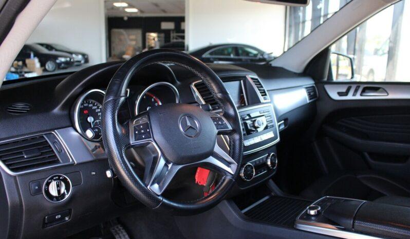 Mercedes-Benz ML 350 full
